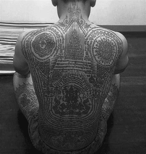 thai buddhist tattoos designs 25 best ideas about sak yant on thai
