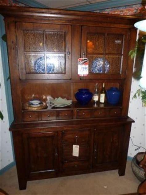 broyhill hutch attic heirlooms kitchen