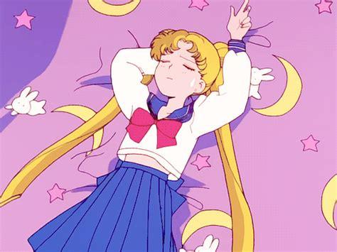 Kaos Bunny Sleep On Moon 199 ocuklu茵umuzun animesi ay sava蝓 231 莖s莖 nda g 252 231 l 252 feminist