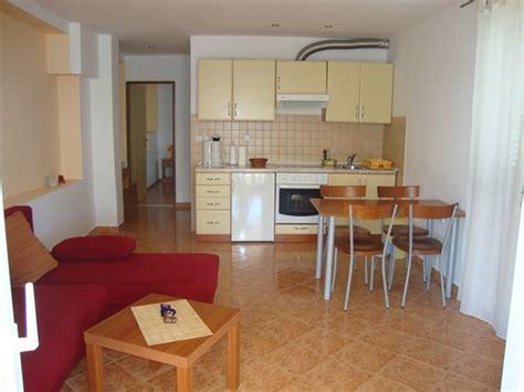 appartamenti a milos appartamenti miloš preko croaziavacanza it