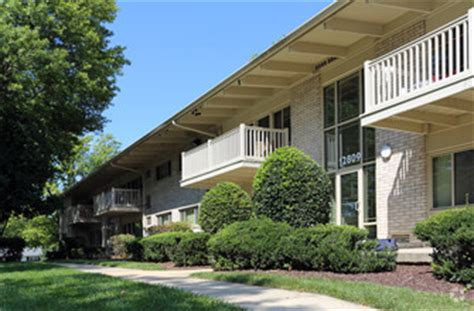 3 bedroom apartments in rockville md halpine view apartments