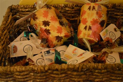 Thanksgiving Table Favors Thanksgiving 101 Table Decor Place Settings Favors Oh