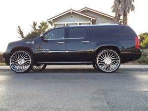 Cadillac Escalade On 30s Lifted Escalade Mitula Cars