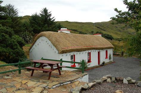 cottage irlanda cottages en irlande l irlande avec alainn tours