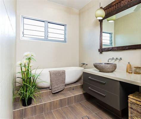 bathroom louvre windows 17 best images about balinese bathroom ideas on pinterest
