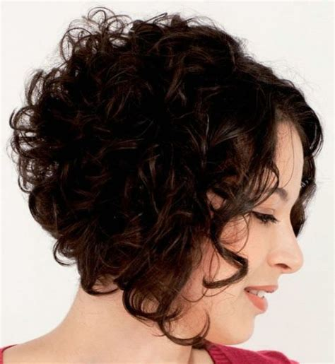 curly a line 20 trendy short haircuts