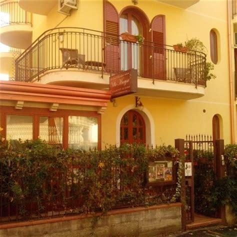 dormire a giardini naxos bed and breakfast giardini naxos villa marysa b b