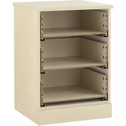 Schreiber Fitted Bedroom Furniture Schreiber 3 Drawer Bedside Chest Classic Ivory