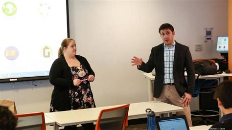 Suffolk Mba International Business by Suffolk Undergrads Learn To Launch Startups On