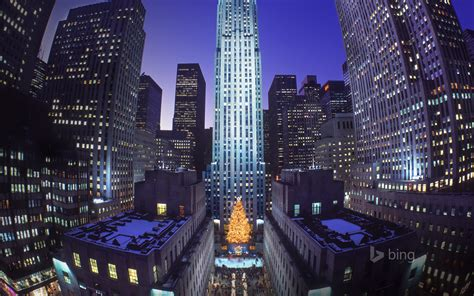 christmas tree at rockefeller center new york city new