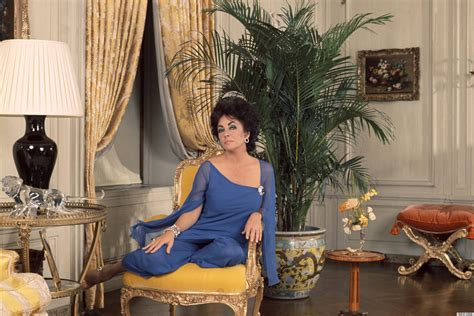 style at home elizabeth taylor s over the top living room inspires
