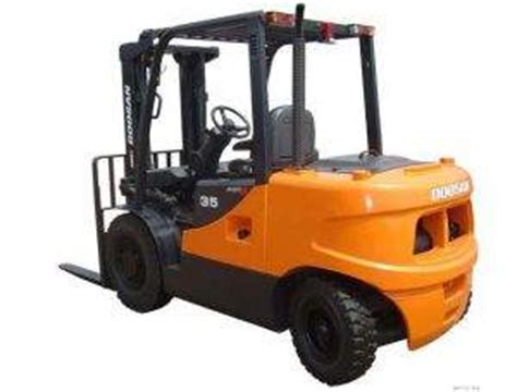 volvo rents wichita ks dooson d50c forklift rental in wichita kansas rent it today