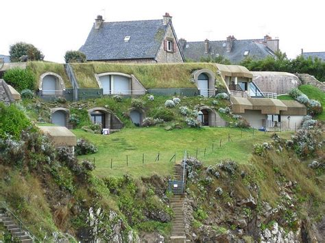 earth homes now underground berm rammed sheltered houses pourquoi isoler quand on peut enterrer sa maison