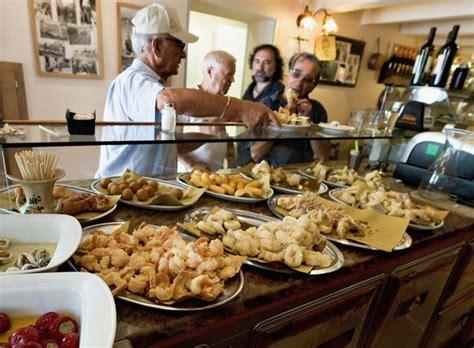 best lunch in venice 25 best travel guide venice cicchetti bars restaurants