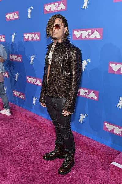 lil pump vma outfit lil pump photos photos 2018 mtv video music awards red