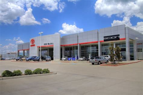 Toyota Dealership In Katy Tx Don Mcgill Toyota Car Dealers Energy Corridor