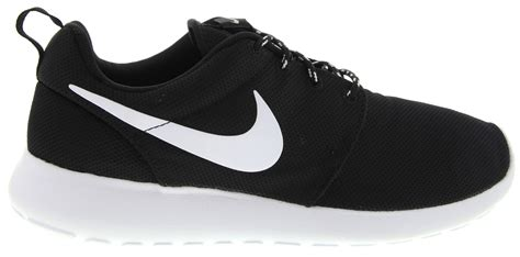 nike roshe run  sneakers  black white