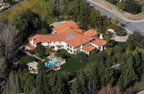 kris jenner s house kris jenner s house photos 12 other fun facts