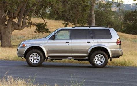mitsubishi montero sport 2002 2004 mitsubishi montero sport information and photos