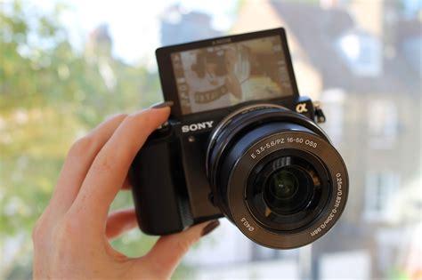 Kamera Sony Vlog new vlogging announcement becboop
