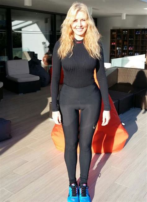 carol vorderman wardrobe malfunctions looking fit carol vorderman shows off her thigh gap in