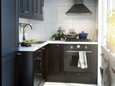 decorating small kitchen ideas small kitchen decorating ideas on a budget