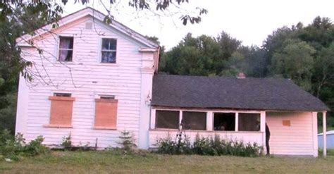 hinsdale haunted house this haunted house in upstate new york is the most
