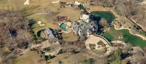 papa johns house papa john schnatter s 600 million fortune bought this insane mansion celebrity net