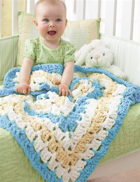 Best Yarn For A Baby Blanket by Bernat From The Middle Baby Blanket Crochet Pattern