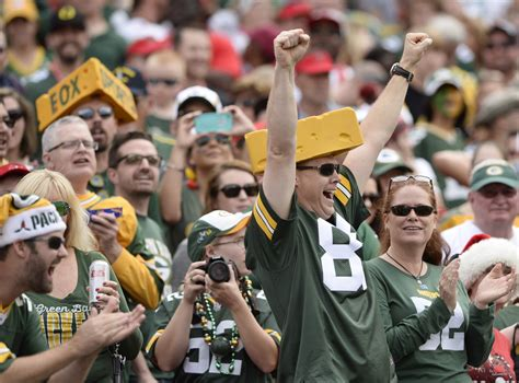 green bay packers fans packers fans feel at home in ta tbo com