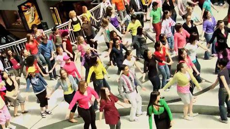 tutorial dance flash mob international dance day flash mob at the toronto eaton