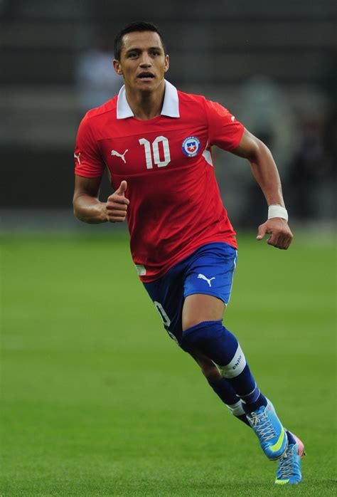 alexis sanchez vs southton alexis sanchez photos photos chile v iraq zimbio