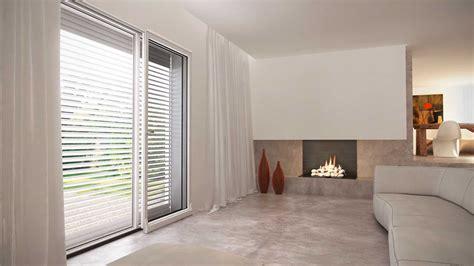 tende per finestre oblique casa in mansarda con le soluzioni giuste per gli spazi
