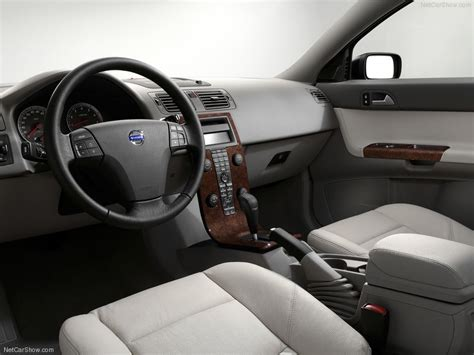 Volvo S40 2004 Interior by Volvo S40 2004 Picture 45 800x600