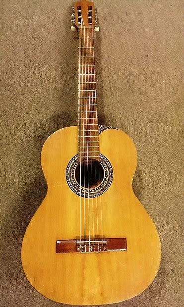 Handmade Classical Guitar - artistides guzman guitars classical handmade guitar costa