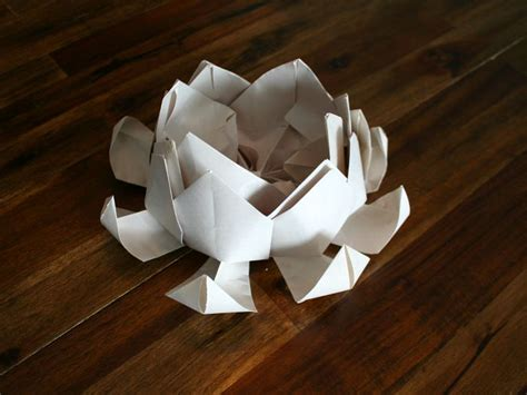 How To Make Paper Floating Lanterns - how to make a floating lotus paper lantern