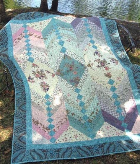 showcase beautiful fabrics in this braid quilt