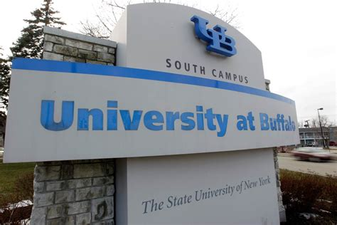 Univesrity Of Buffalo School Of Mangement Mba by New York S At Buffalo Accidentally Sends 5 100
