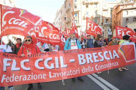ubi banco di brescia roma esuberi ubi via in 500 corriere it
