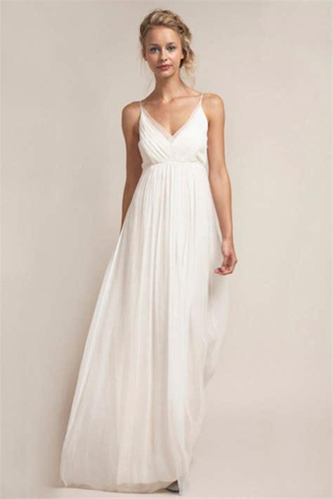 Beach Wedding Dresses: Styles for 2015   Glamour
