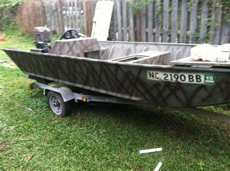 spray paint duck boat camo 25 best ideas about aluminum boat paint on pinterest