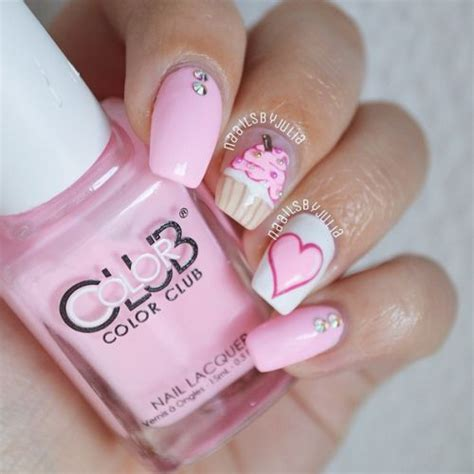 17 best images about nails birthday on birthday nail birthdays and coral cupcakes 21 birthday nail designs you ll want to copy