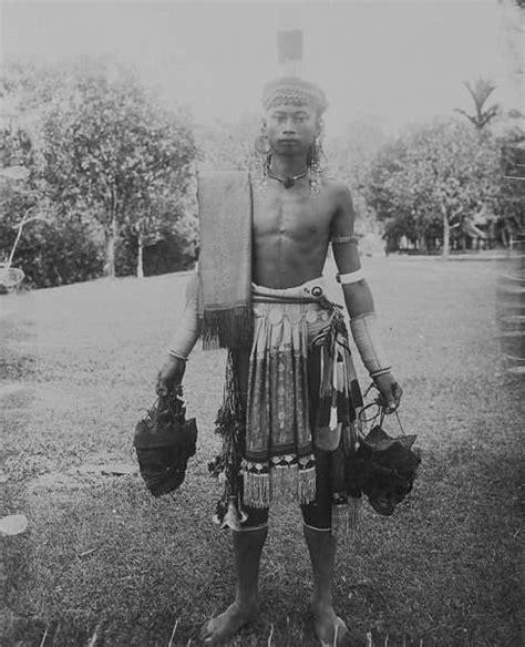 tato panglima dayak panglima suku dayak dayak culture