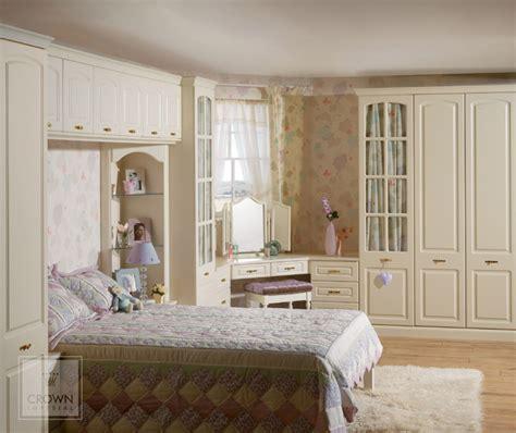 bedroom fitters bedroom fitter bespoke bedroom design in essex