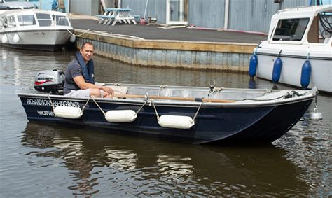 fishing boat hire fishing boats for hire richardson s boating holidays