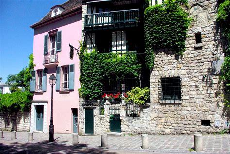 the village of montmartre paris walking tours