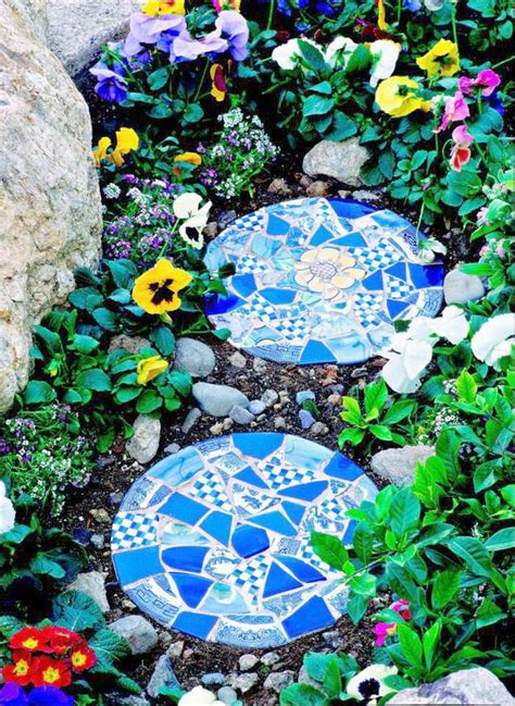 10 garden mosaic projects the garden glove