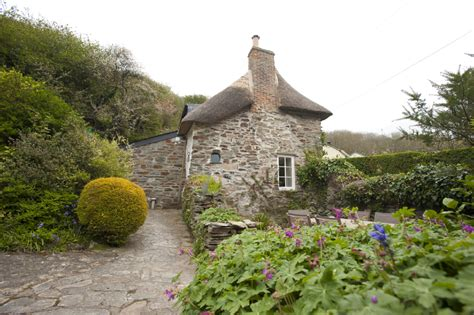 Cornish Country Cottages by 6 Of The Best West Country Thatched Cottages
