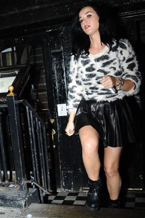 katy perry s leather skater skirt get the look