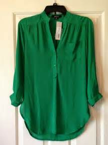 what color shirt goes with green 25 best ideas about green tops on emerald
